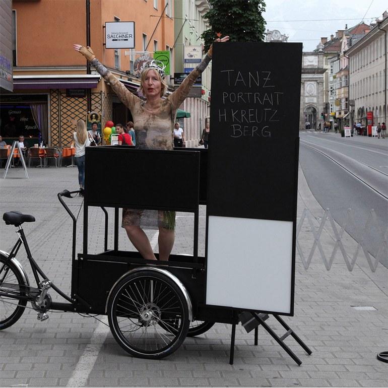 Tanzporträt Harald Kreutzberg – 10 Posen, Carola Dertnig,2014