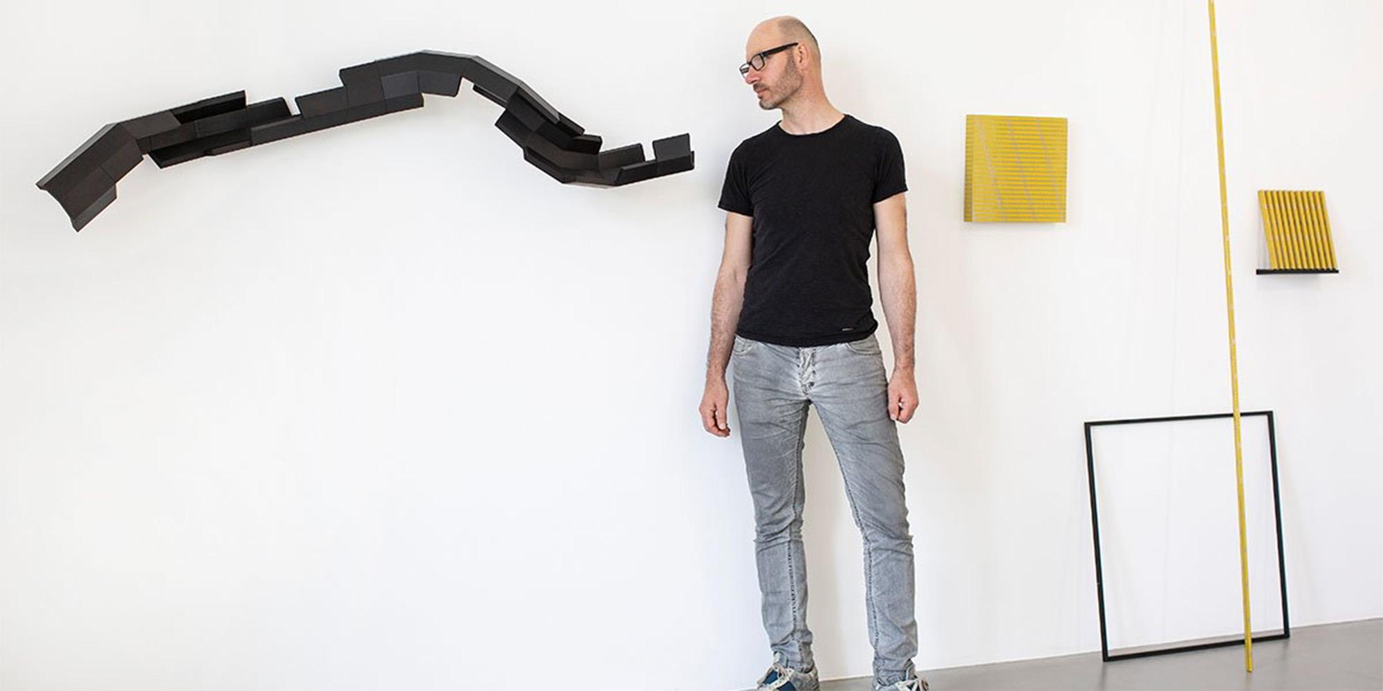 """© Roman Pfeffer, """"SWIP"""" – Ausstellungsansicht Bildraum Bodensee 2020; Foto: Petra Rainer © Bildrecht, Wien 2020."""